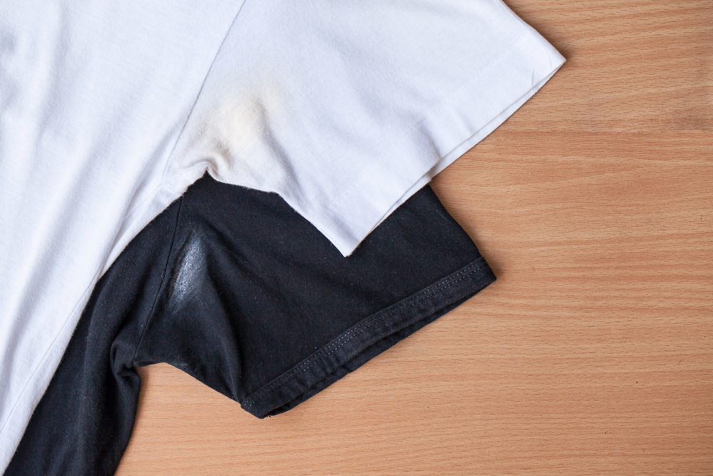Natural ways to remove underarm stains blog bakers for Remove armpit stains from shirts